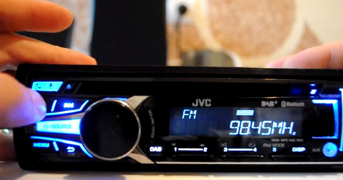 How to reset a JVC car stereo
