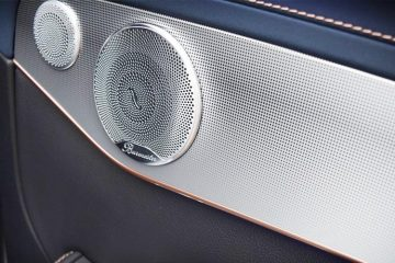 Steps to Fixing A Blown Car Speaker